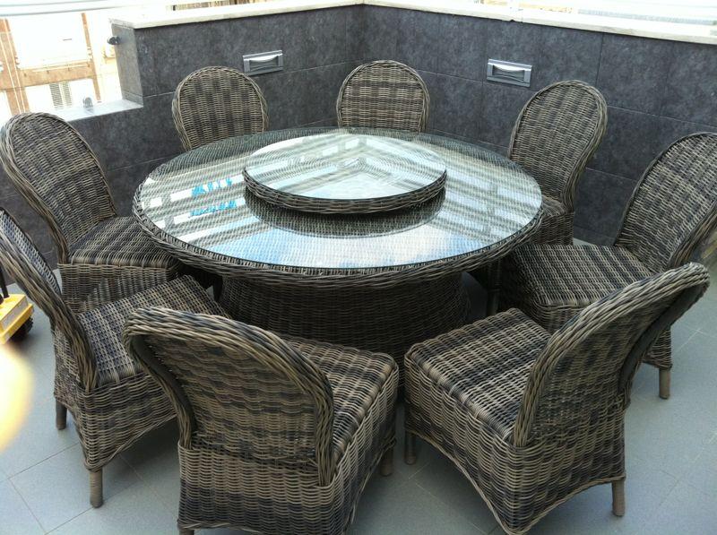 דגם סוזי - שולחן עגול מפואר לגינה