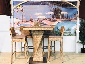 שולחן בר מרובע + 4 כסאות