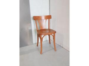 כיסא דגם מניפה בצבע דבש